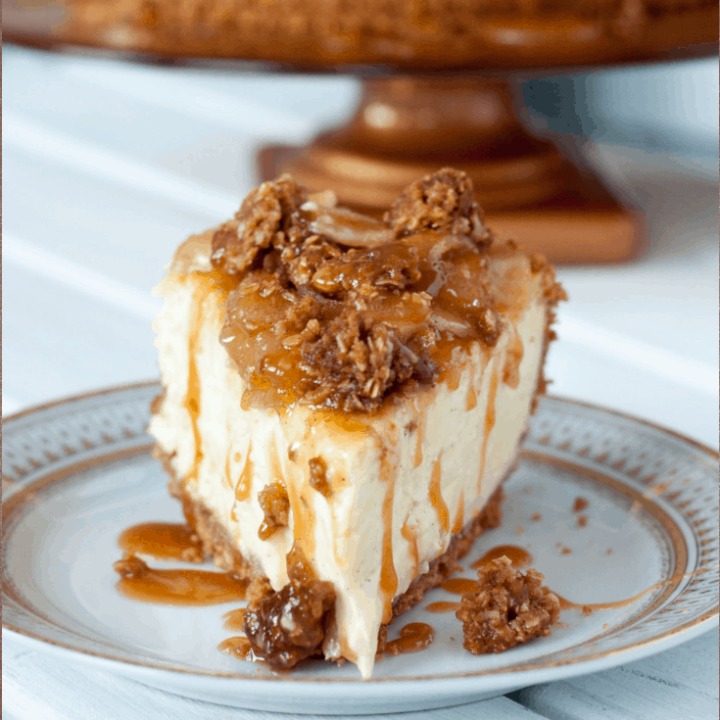 Caramel Apple Vanilla Bean Cheesecake with Streusel Topping