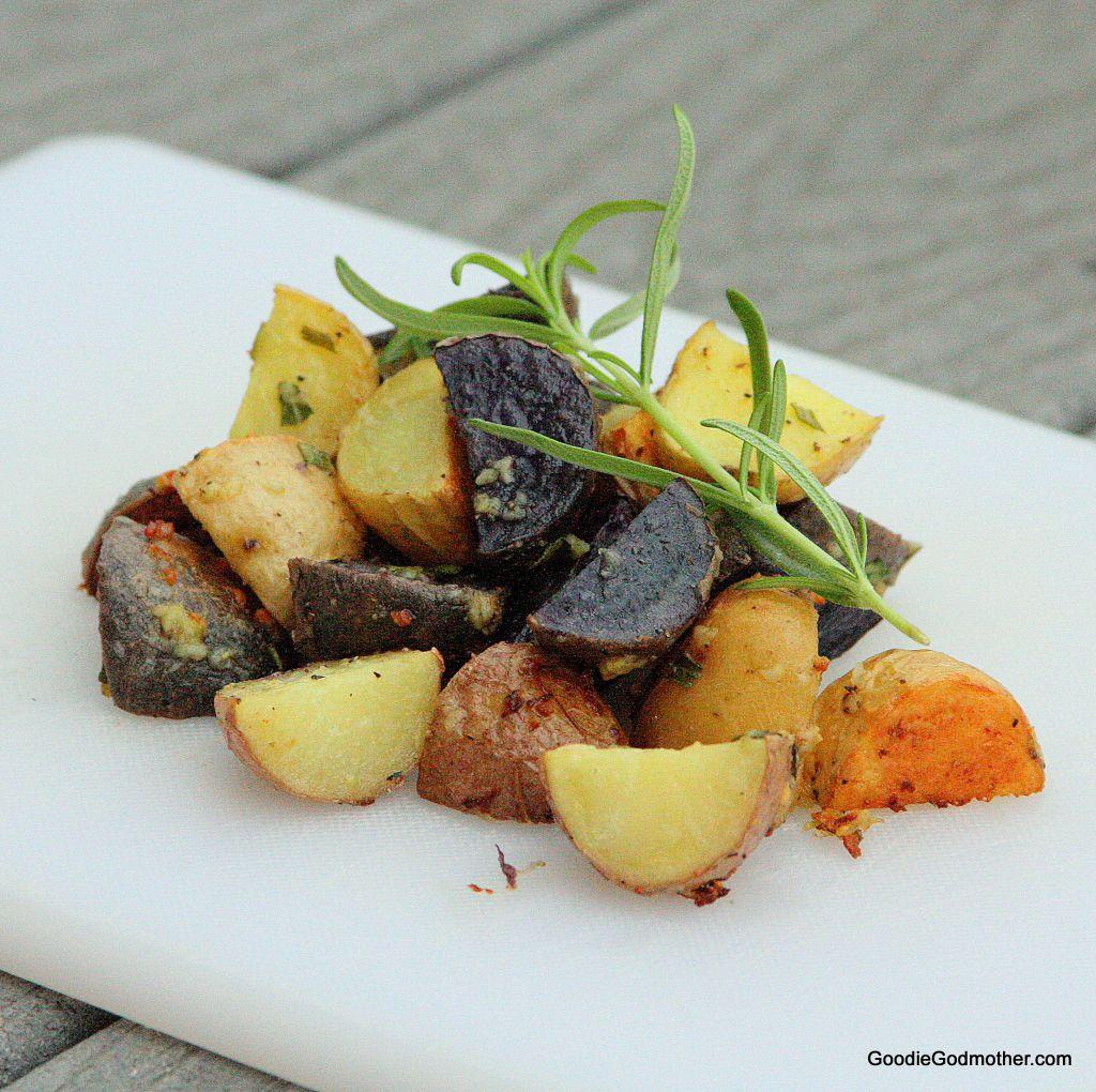 Garlic Rosemary Oven Roasted Potatoes
