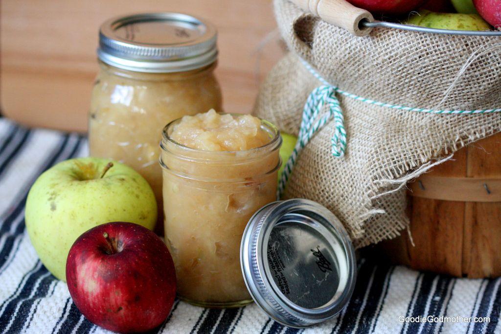 Organic homemade applesauce