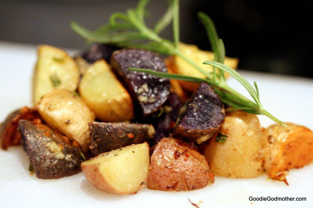 Rosemary Garlic Oven Roasted Potatoes