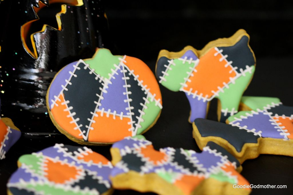 royal icing decorations on pumpkin sugar cookies