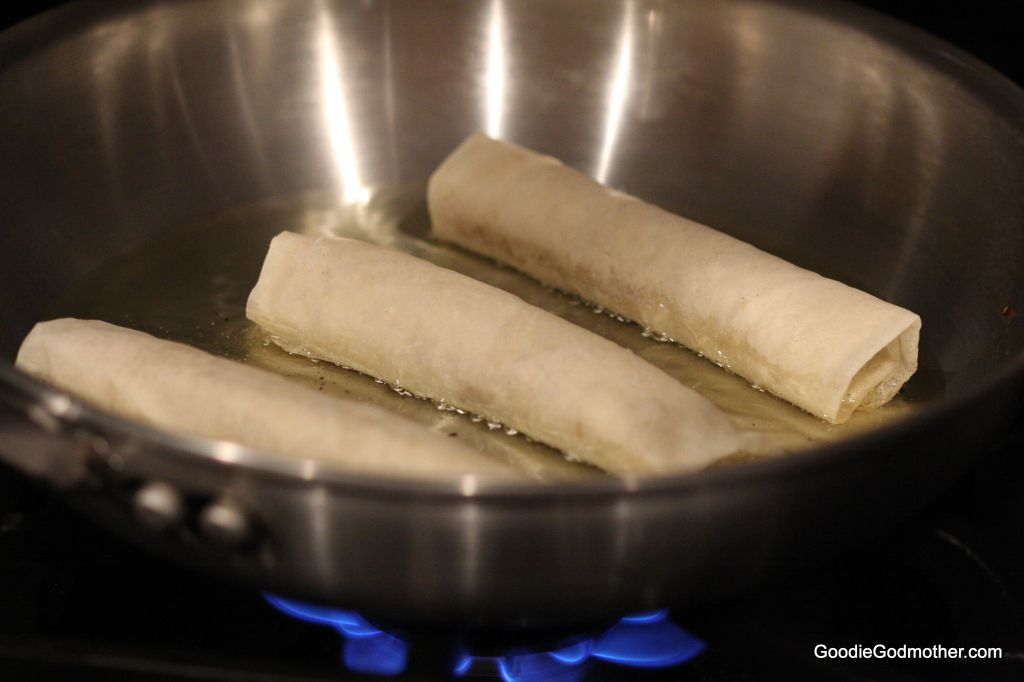 lumpia cooking