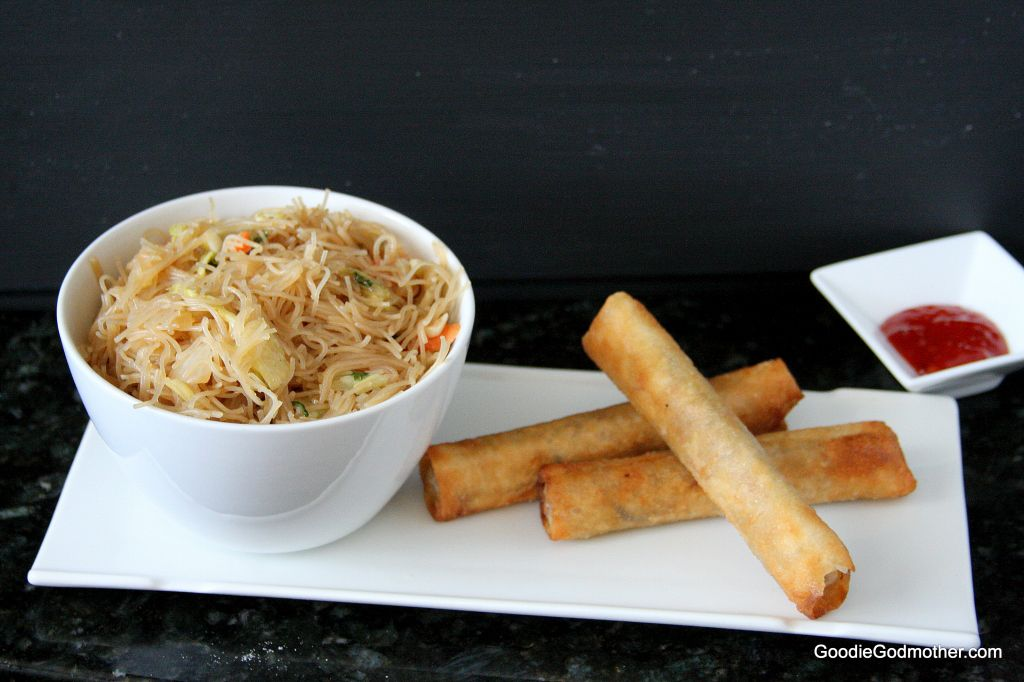 turkey lumpia and pancit