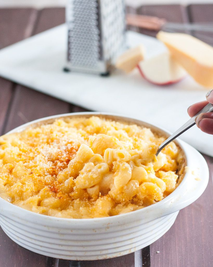how to make cheesy baked macaroni