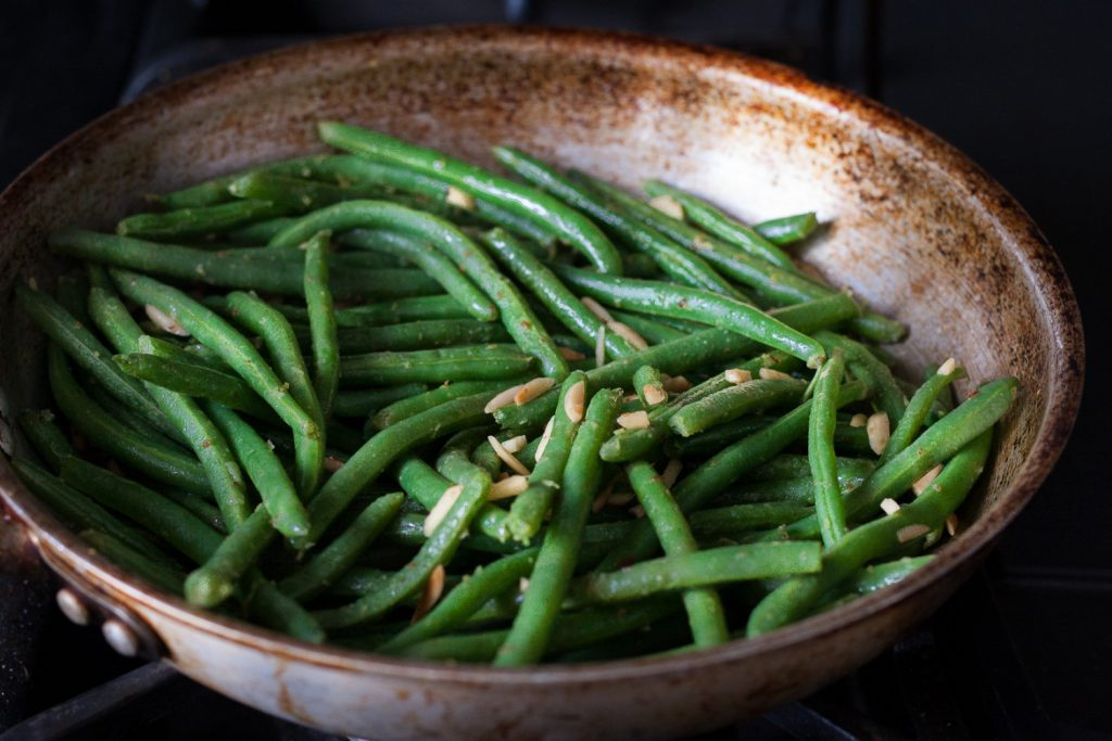 Enjoy these Meyer Lemon Green Beans as an easy, healthier side dish! Ready in just a few minutes. * Recipe on GoodieGodmother.com