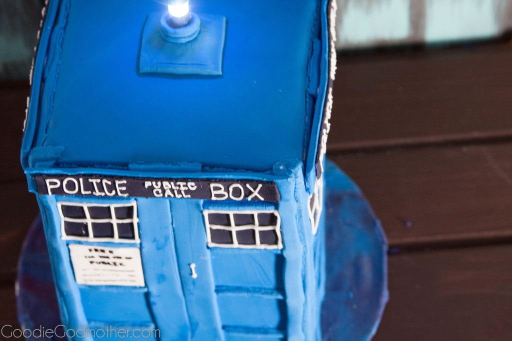 How To Make A Tardis Cake Step By Step