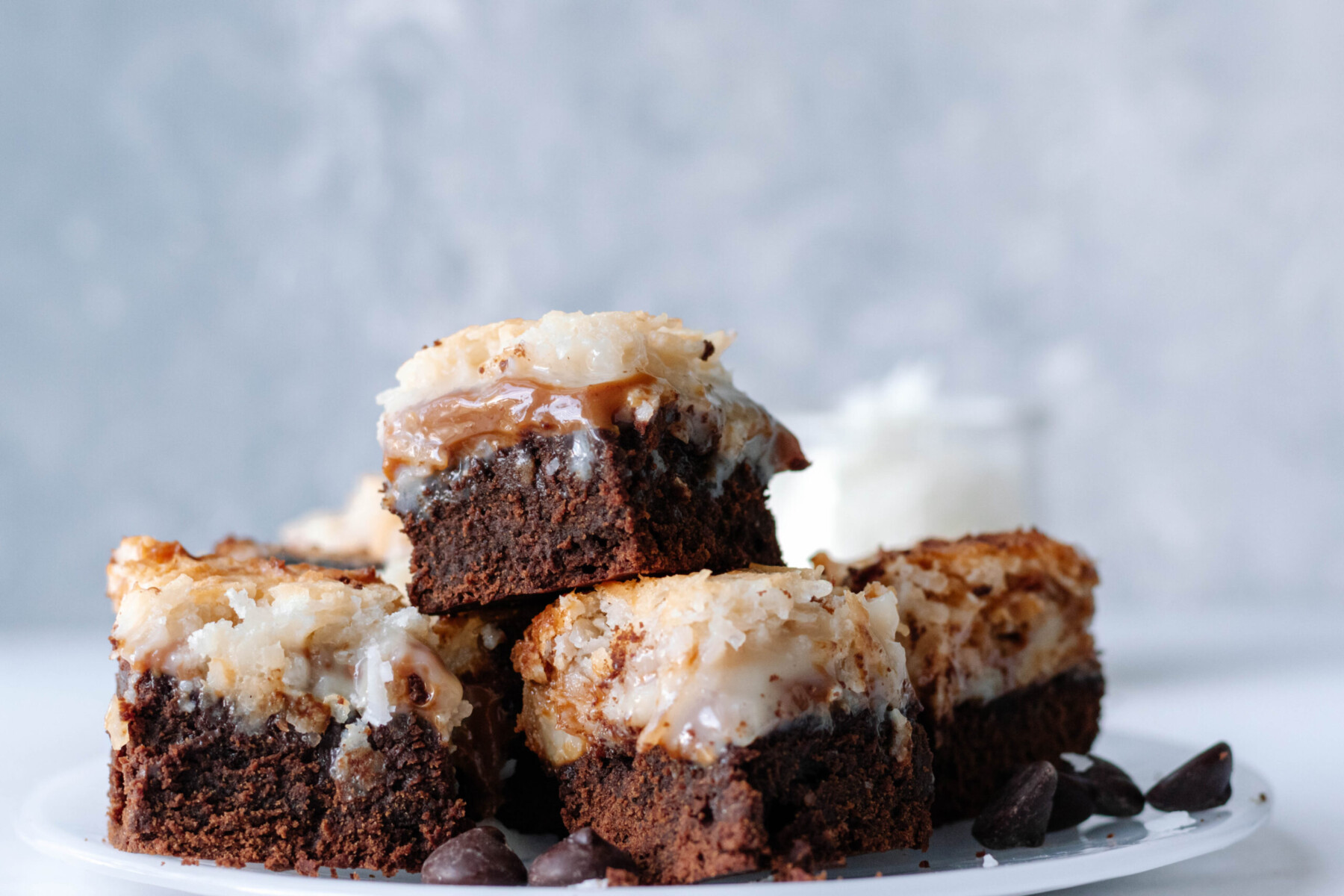 horizontal picture of the brownies on a plate
