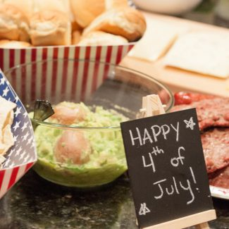 Easy Summer Entertaining: 5 Simple Tips