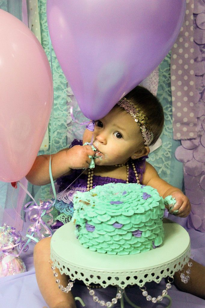 Learn how to make a buttercream MERMAID smash cake perfect for first birthday photos! Blog post includes plenty of helpful tips, even for beginners, and a video.