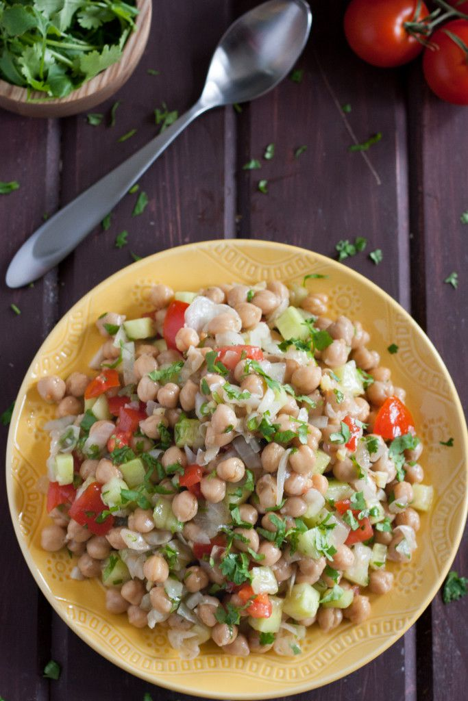 This easy, flavorful chickpea salad is a healthy make ahead side dish or light lunch!