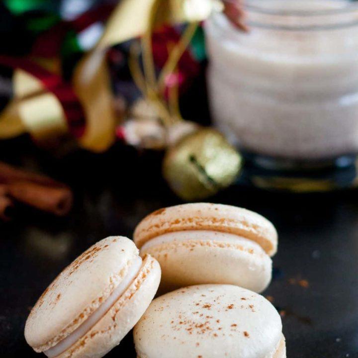 Homemade eggnog macarons - a perfect Christmas cookie treat! Eggnog macaron recipe on GoodieGodmother.com