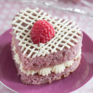 Fresh Raspberry Mini Cakes