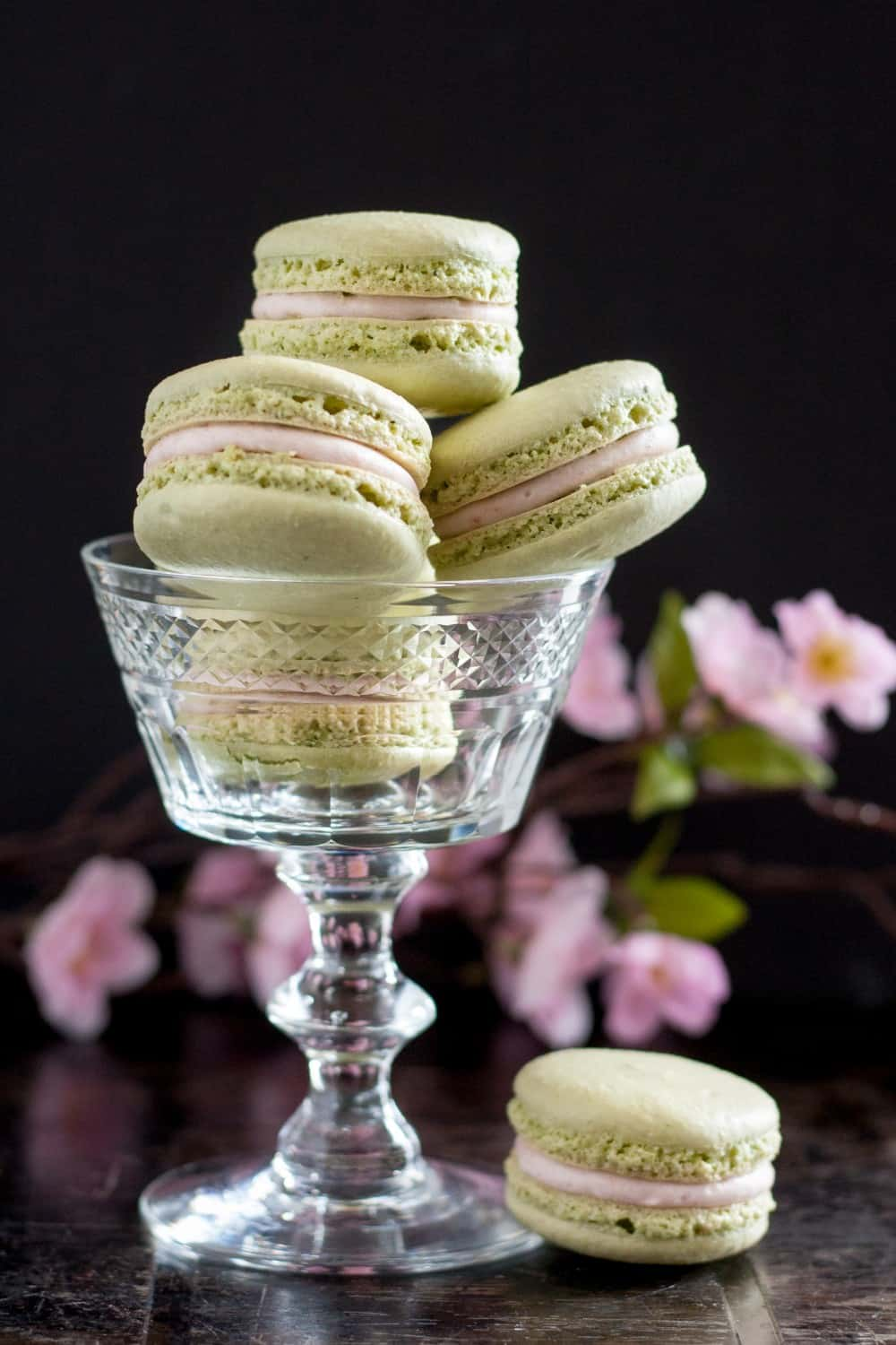 Cherry matcha macarons - delicately flavored, a lovely recipe to celebrate spring! * GoodieGodmother.com