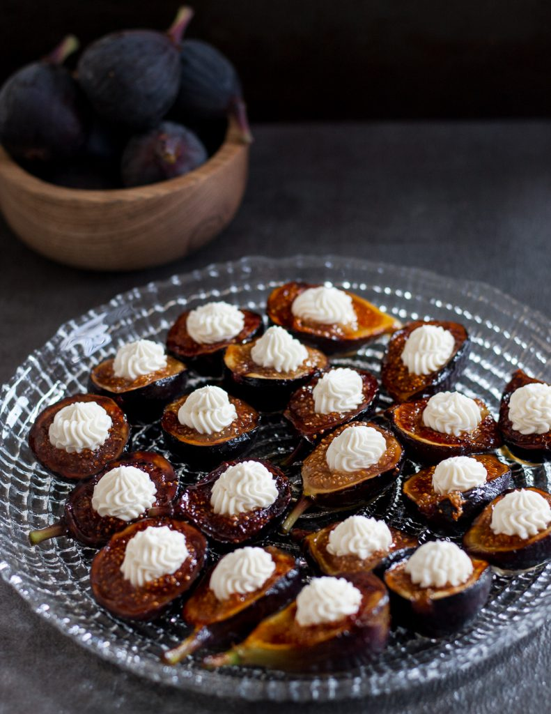 Honey Grilled Figs with Whipped Goat Cheese and Balsamic Glaze - a foodie appetizer ready in just minutes. It's a must-make for fig season! * GoodieGodmother.com