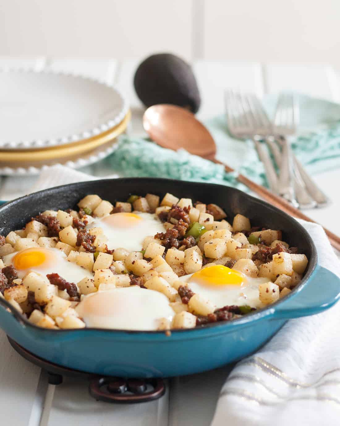 Give the traditional breakfast skillet a healthier makeover! Try this low carb jicama breakfast skillet next time you're in charge of brunch or want breakfast for dinner. * Recipe on GoodieGodmother.com