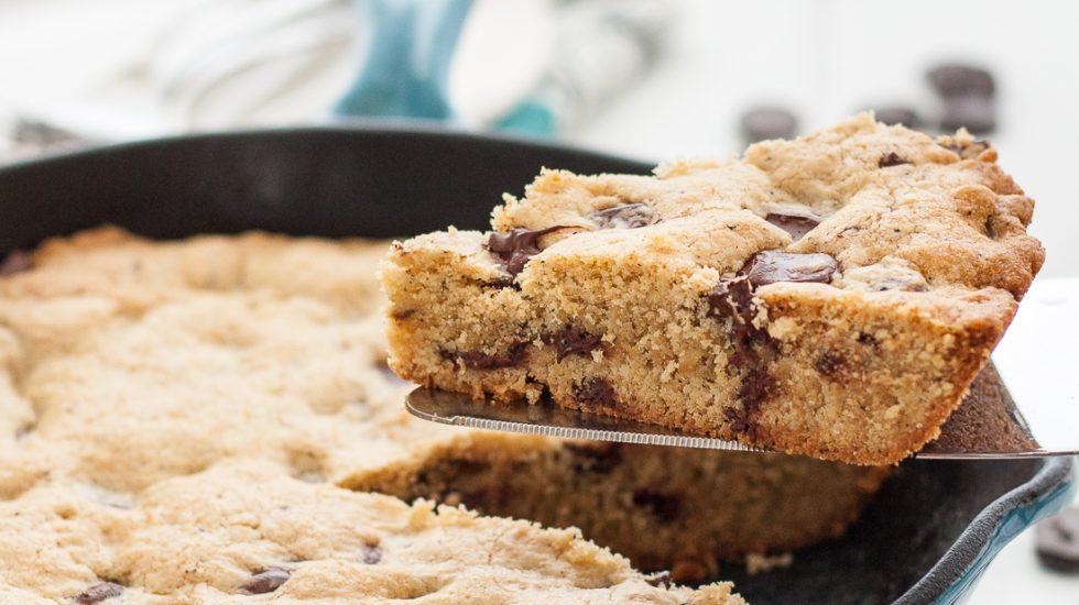 Earl Grey Chocolate Chip Skillet Cookie