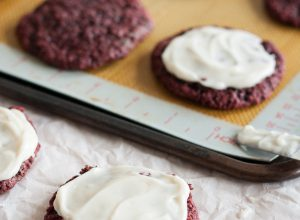 Vegan Red Velvet Cookies