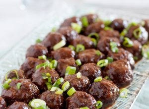 Slow Cooker Guava Glazed Meatballs