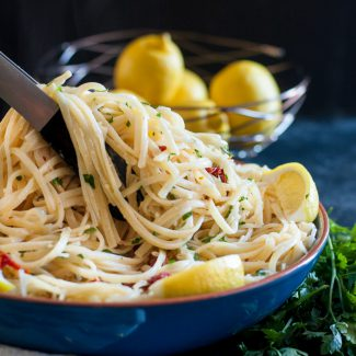Less finicky than an alfredo, but still creamy and comforting, this lemon sun-dried tomato linguine recipe is a winner! * Recipe on GoodieGodmother.com