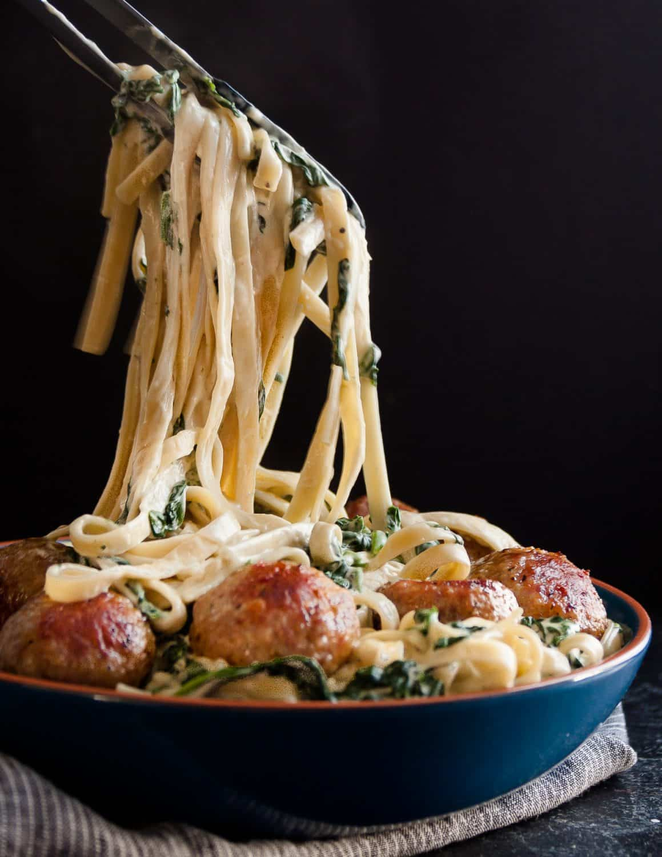 Easy Spinach Fettucine Alfredo Recipe - a semi homemade option for easy weeknight dinners * GoodieGodmother.com