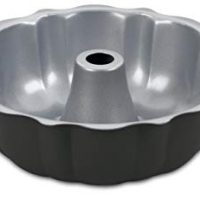 Cuisinart AMB-95FCP Chef's Classic Nonstick Bakeware 9-1/2-Inch Fluted Cake Pan