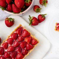 No Bake White Chocolate Strawberry Tart
