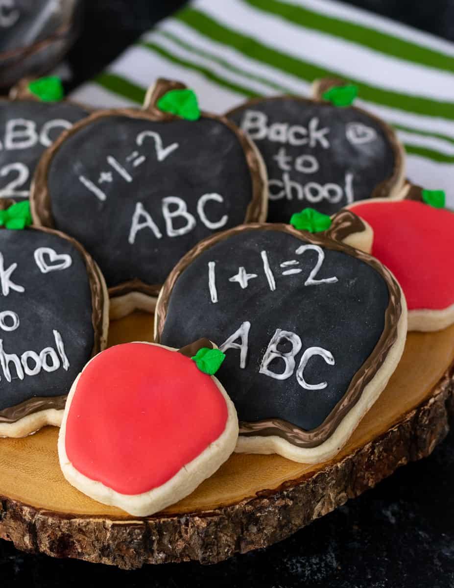 detail of smaller apple cookies in set