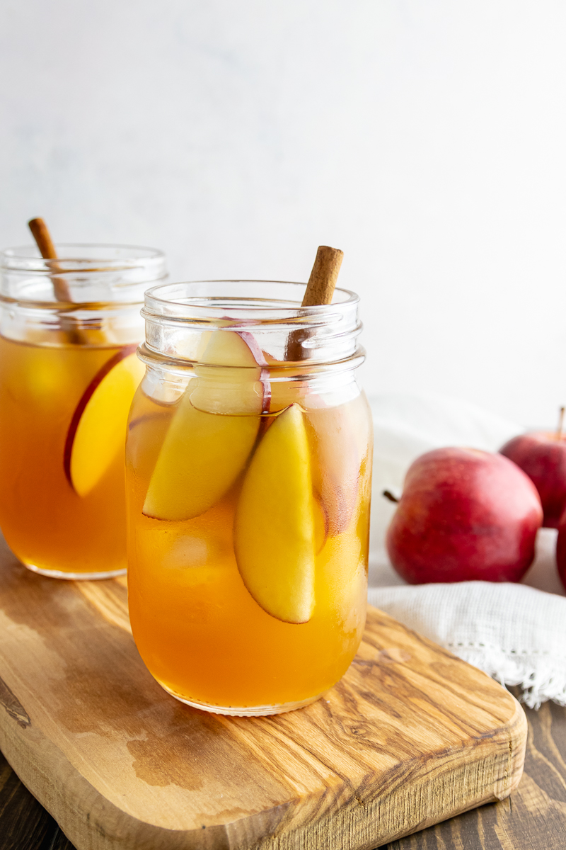 apple fall cocktail image
