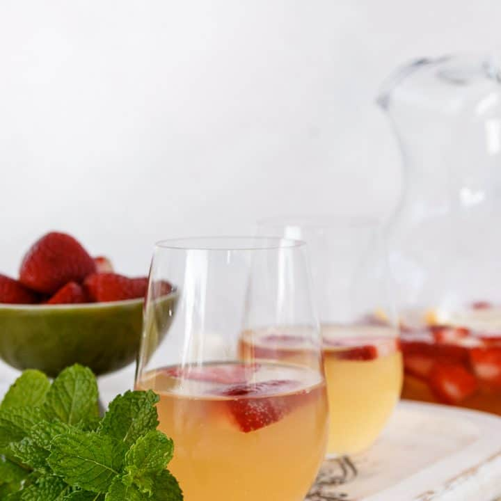 easy sparkling summer punch mocktail or cocktail