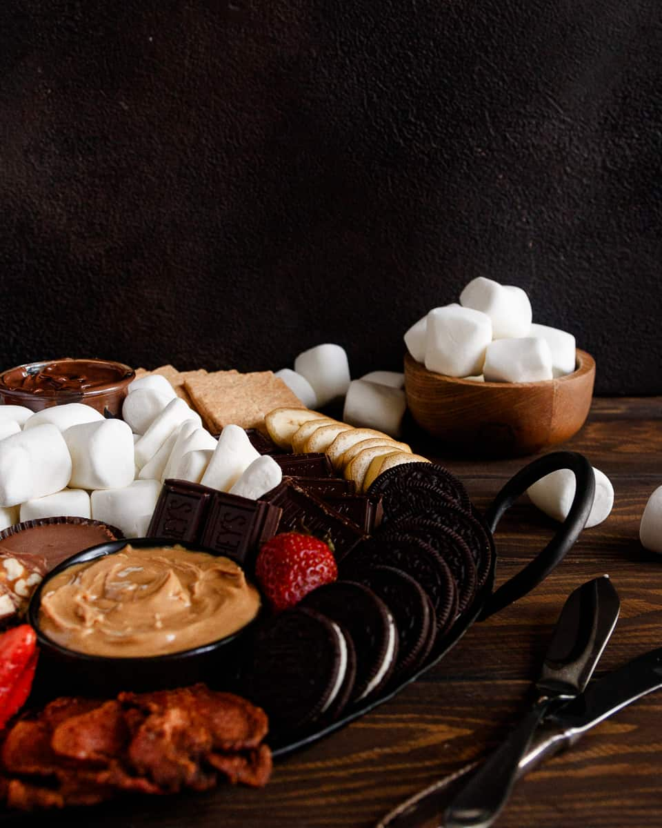 easy smores night snack table